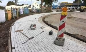 Pflasterfläche im Kreisverkehr