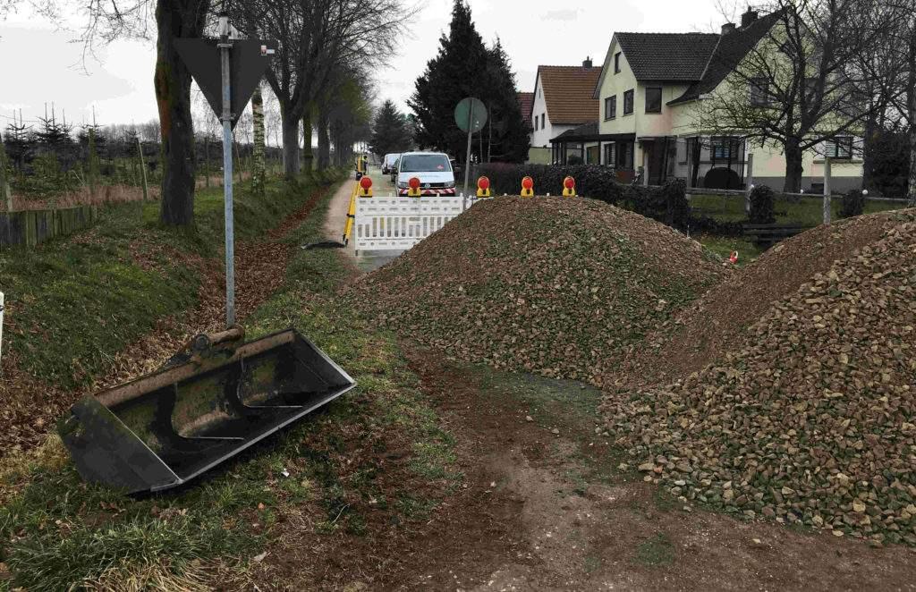 Neuer Weg Hiddenhausen Zufahrt gesperrt