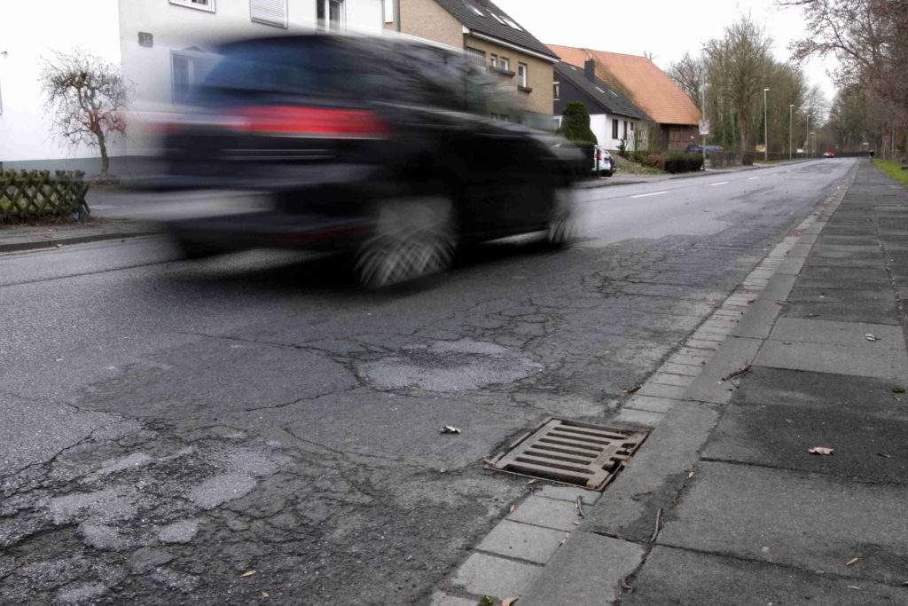 Schlechte Fahrbahn Maschstraße